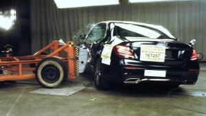 2017款奔驰E级 NHTSA侧面碰撞测试