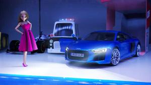 2017超级碗广告 芭比娃娃驾驭奥迪R8