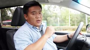 """《驾视》""""土豪林""""的VIP座驾 试驾体验全新艾力绅"""