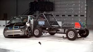 2017款宝马i3 美国IIHS侧面碰撞测试