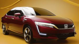 2017款本田Clarity 具有运动车型外观