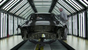探秘工厂 英菲尼迪Q30生产过程全曝光