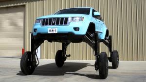 堵车神器Hum Rider 基于大切诺基改造