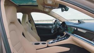 保时捷Panamera Turbo S E-Hybrid内饰
