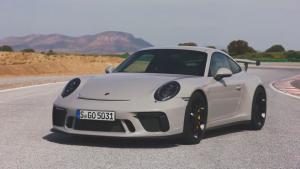 新款保时捷911 GT3 碳纤维尾翼设计