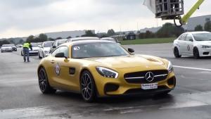 奔驰AMG GTS竞速日产GT-R 赛道怒吼