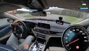 V12太狂!宝马M760Li xDrive德国高速狂飙比高铁还快