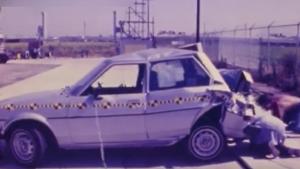 980款丰田卡罗拉 1982-87款丰田塞利卡碰撞测试