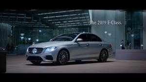 未来 3.0!2019 款梅赛德斯-奔驰 E-Class 广告