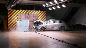 中国品牌SUV首次公开挑战严苛小重叠碰撞测试,斩