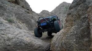 爆改Jeep牧马人5.7L登天梯!