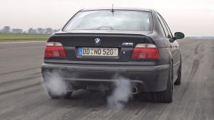 900马力宝马M5 E39 V8增压的飙车加速