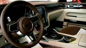 《跑男》官方座驾为什么选它?14万国产SUV的实拍静态
