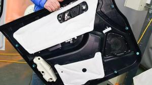 一汽奔腾X40内饰拆解,看看内部用料品质如何?
