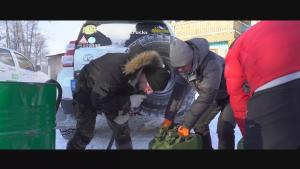 俄罗斯冰上丝绸之路(四) 买黑油路遇北极狼