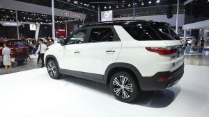 7座SUV,涡轮增压,顶配居然不到十万,这是什么车?