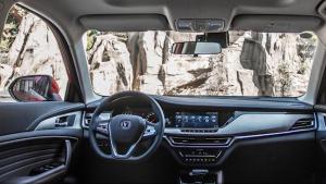 长安最漂亮的小型SUV,月销过万保值率最,新款将在