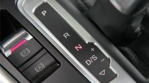 自动挡车N挡的4个妙用,你知道几个?