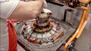 科技启迪未来 揭秘奥迪纯电动车电动机的生产过程