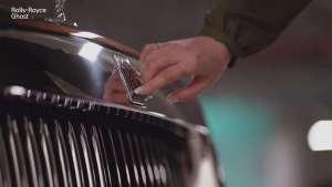 劳斯莱斯不愧是奢华汽车的典范,每一个细节的声音都让人陶醉