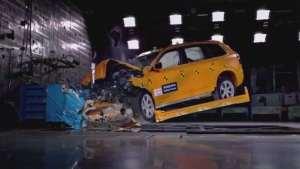安全吗?沃尔沃XC90正面25%碰撞测试!