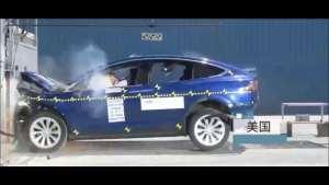 特斯拉Model X 75D碰撞测试视频曝光