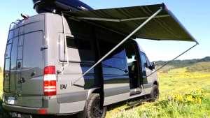 奔驰房车改装厂家,这辆奔驰改装的4X4B型房车很适合旅行生活