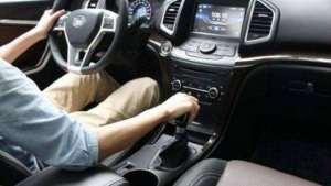 开手动挡车如何起步快?出租车司机都是这样做的