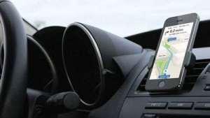 你还在用手机支架嘛?看看你的车有没有CARPLAY吧