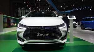 2019上海车展 实拍比亚迪宋MAX EV