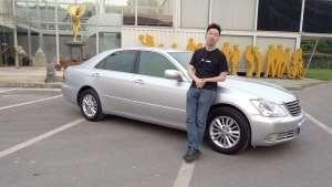 体验12代丰田皇冠,经典日式豪车,当年售价换套房