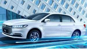 """比亚迪""""逆天""""之作,续航能力赶超特斯拉,给国产新能源汽车点赞"""