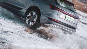 奥迪e-tron也敢挑战冰上越野?电动车也有硬实力!