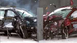 日系车不安全?丰田和日产参加碰撞测试,RAV4和奇骏怎么选?