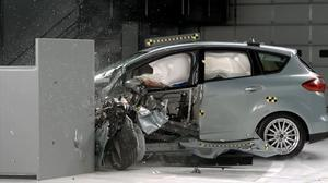 2014款福特C-Max  IIHS正面25%碰撞测试