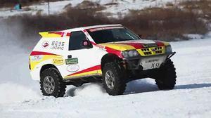 全国汽车越野系列赛 陆风X9一展风采