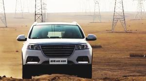 销量神车哈弗H6 两驱SUV穿越沙漠