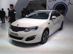 2015上海车展 新款荣威550Plug-in发布