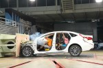 长安睿骋CC直面安全 完成国内首次去除车身覆盖件碰撞试验