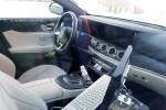 奔驰新款E级内饰曝光 换装新方向盘/将搭MBUX系统