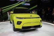 2018洛杉矶车展:起亚全新秀尔亮相 造型个性动感 推三款车型