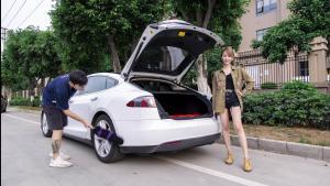 爆笑试驾特斯拉Model S 90D:没有自动驾驶,玩毛?!