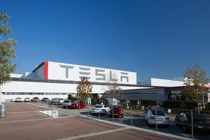 【海外】特斯拉的革命不在汽车而在工厂