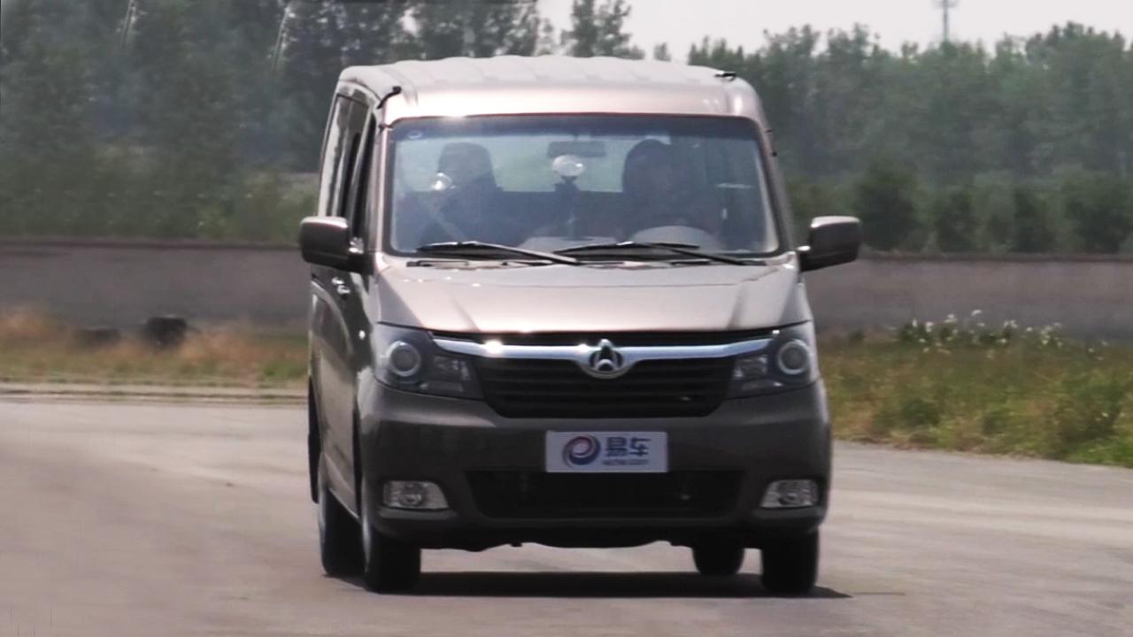 长安睿行M70轻型客车 刹车测试