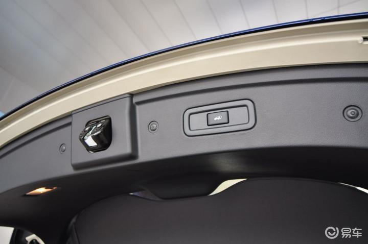 انفنتي اف اكس 37 2012 الشكل الجديد صور داخلية وخارجية من وكالة انفنتي با الصين